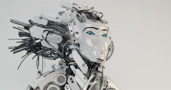 The majestic Queen geisha robot